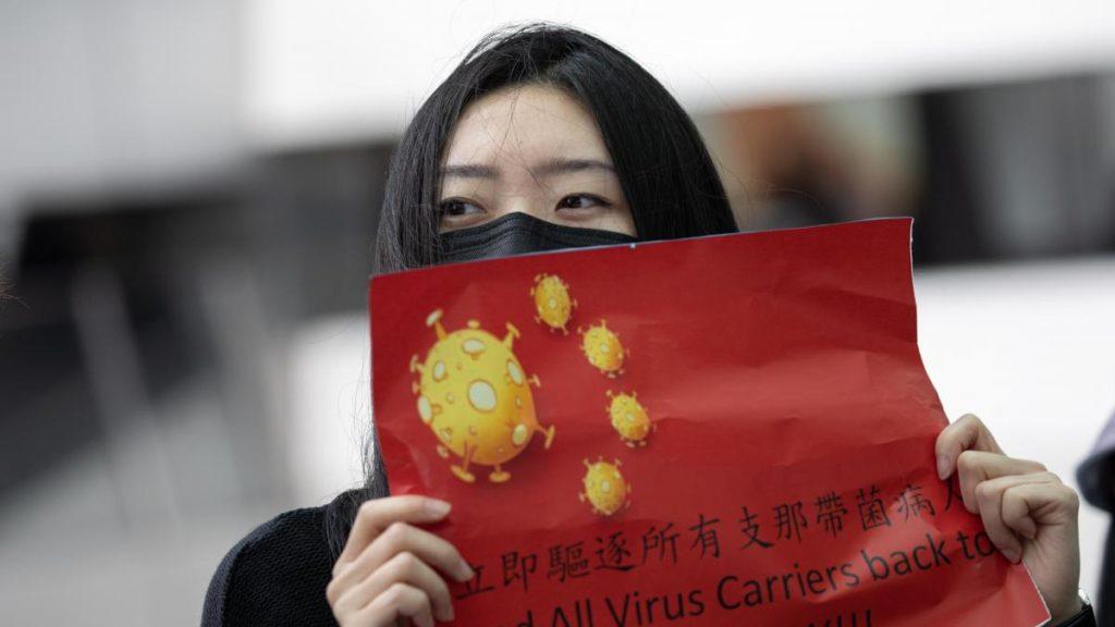 CHINA RECOGE MUESTRAS ILEGALES DE ADN EN UNA DE LAS REGIONES MÁS CONFLICTIVAS DEL PAÍS