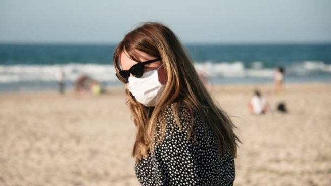 Coronavirus: Mascarillas, distancia social y ahora también las gafas son lo esencial para evitar el contagio según la OMS