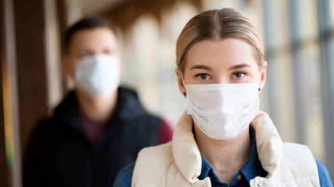 Dos estudios revelan que las mujeres toman más medidas preventivas que los hombres frente al coronavirus