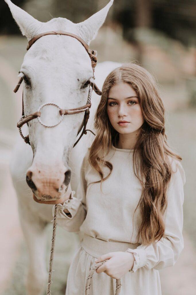 ¿Se reconocen los caballos al mirarse en un espejo?