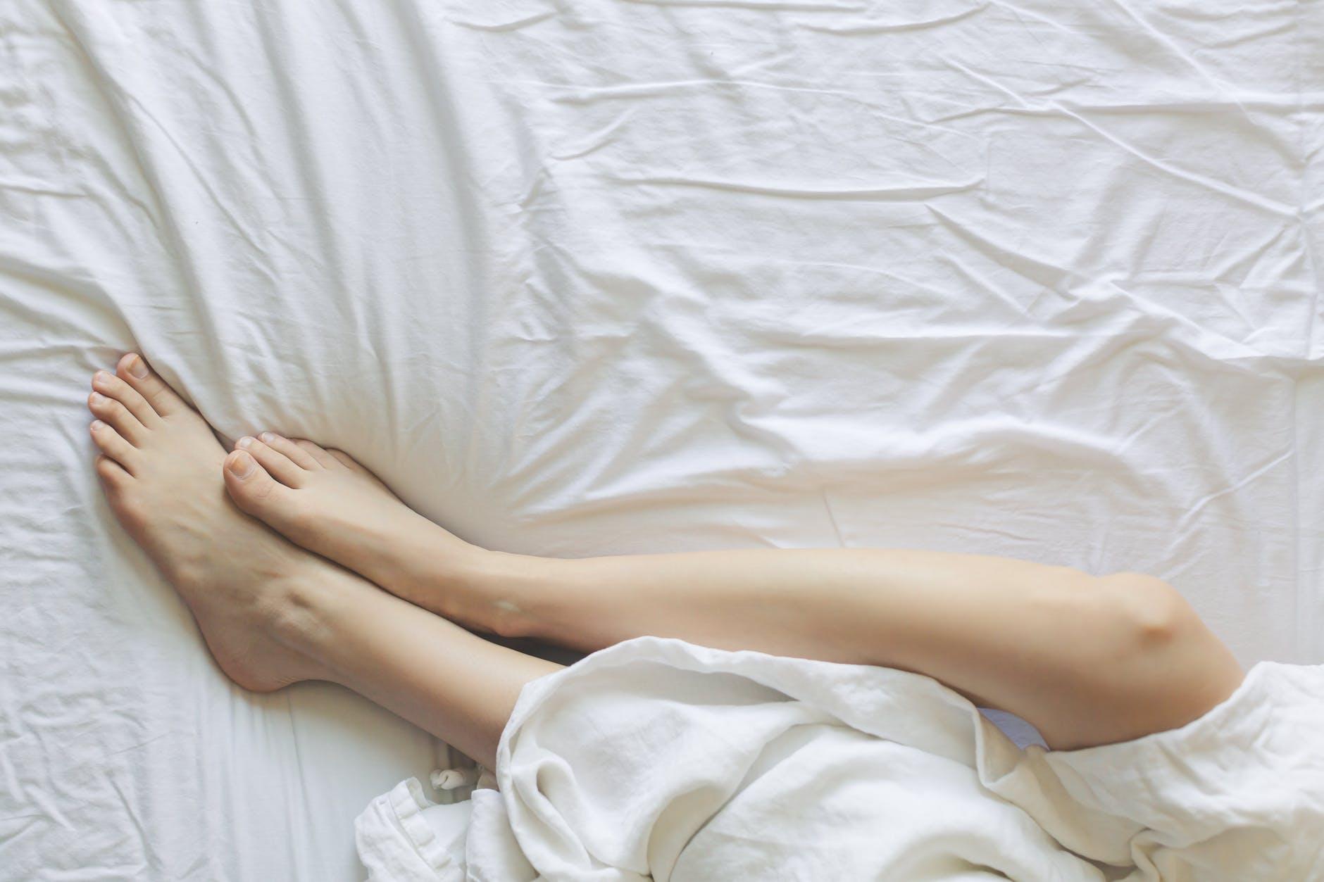 ¿Por qué se te duermen los pies?